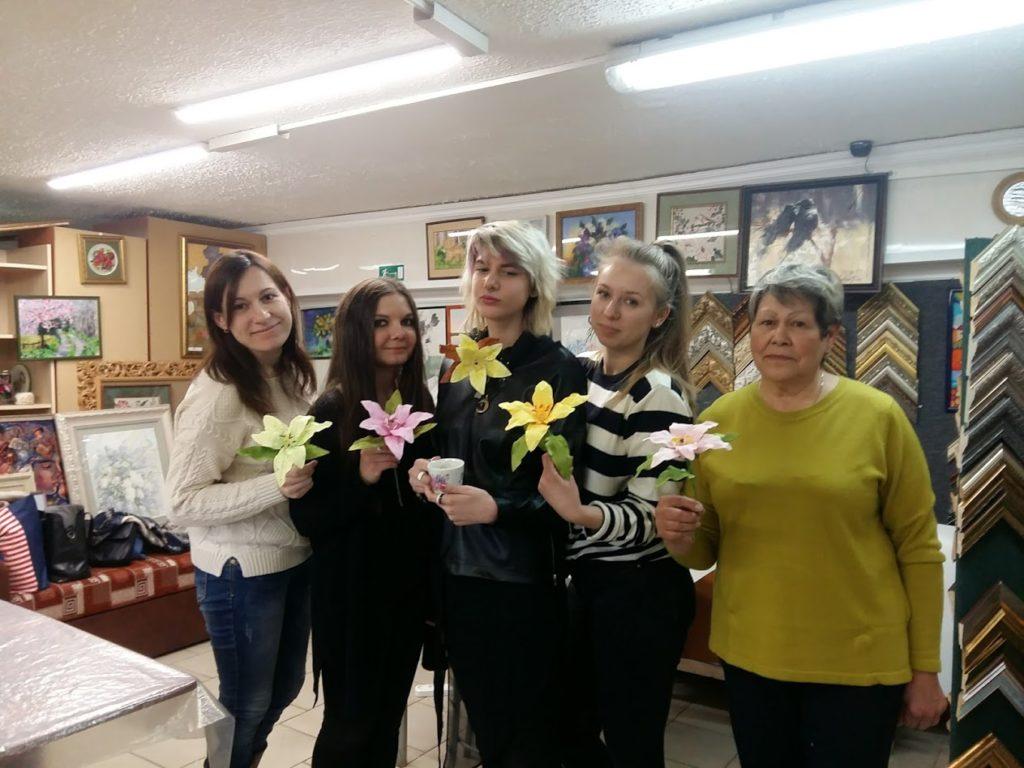 Мастер класс цветы из Фоамирана в творческой мастерской Ленбагет