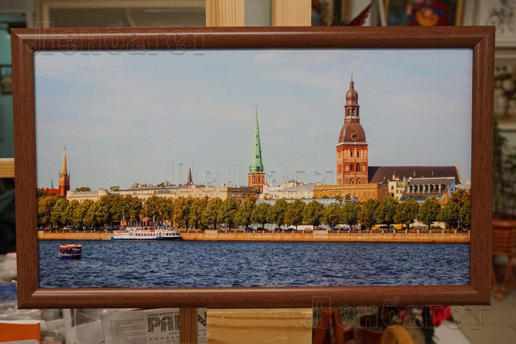 """Фото """"Виды Москвы"""" в коричневой багетной рамке"""