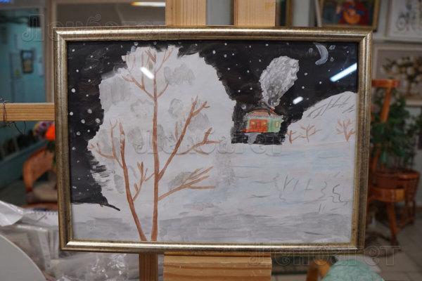 """Детский рисунок """"Зимняя ночь"""" в золотой багетной рамке"""
