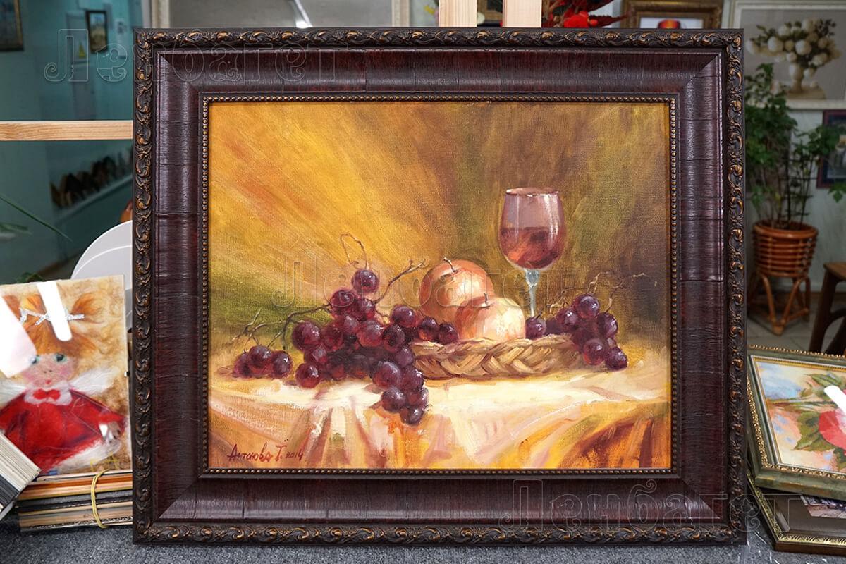 """Живопись """"Натюрморт с бокалом"""" в коричневой багетной рамке"""