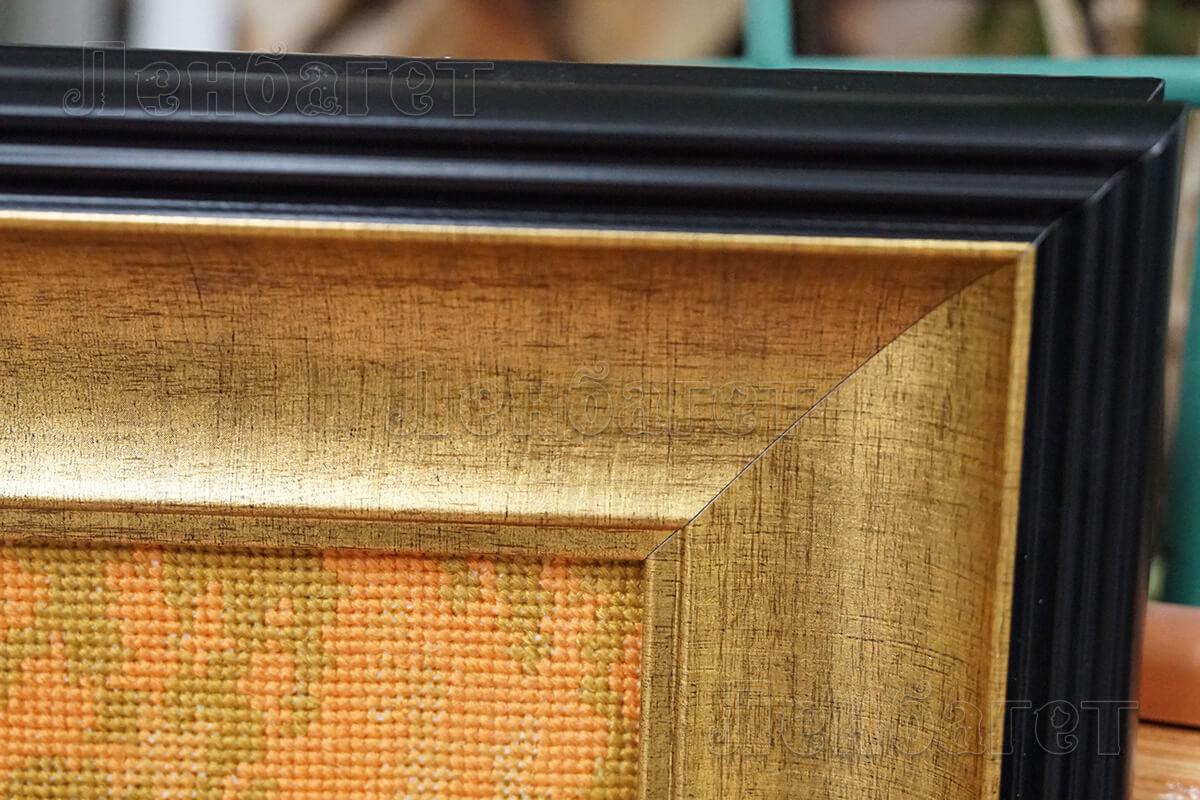 Коричневая багетная рамка для вышивки крестом